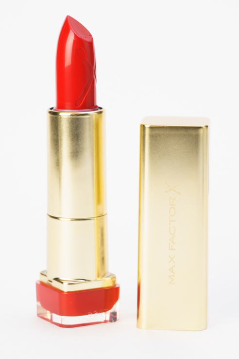 Губная помада Colour Elixir Lipstick ruby Tuesday, 715 тон