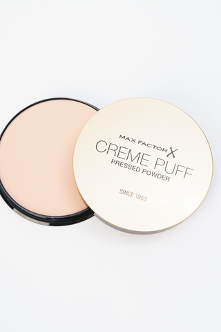 Крем-пудра Creme Puff Powder truly fair, 81 тон