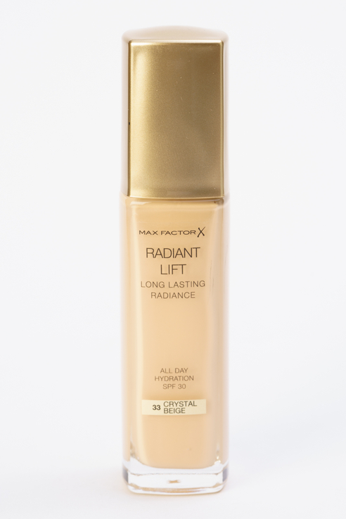 Тональная основа Radiant Lift Long Lasting Radiance Crystal beige, тон 33