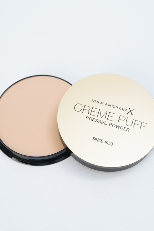 Крем-пудра Creme Puff Powder golden, тон 75