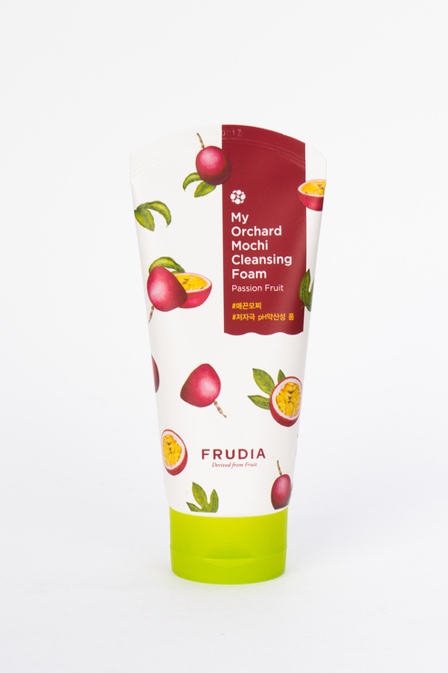 Пенка для лица Frudia My Orchard Passion Fruit Mochi Cleansing Foam, 120 мл